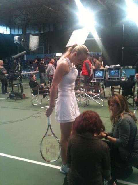 caroline wozniacki yonex v-core 100s tennis racquet