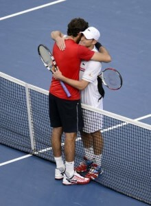 Andy Roddick and Juan Martin Del Potro hugging at the 2012 US Open